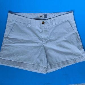 Old Navy Shorts - White old navy shorts